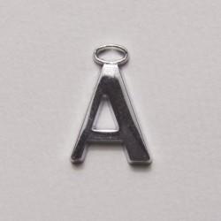 Lettera in metallo