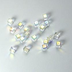 "Cubetto ""Crystal"" 4mm AB"
